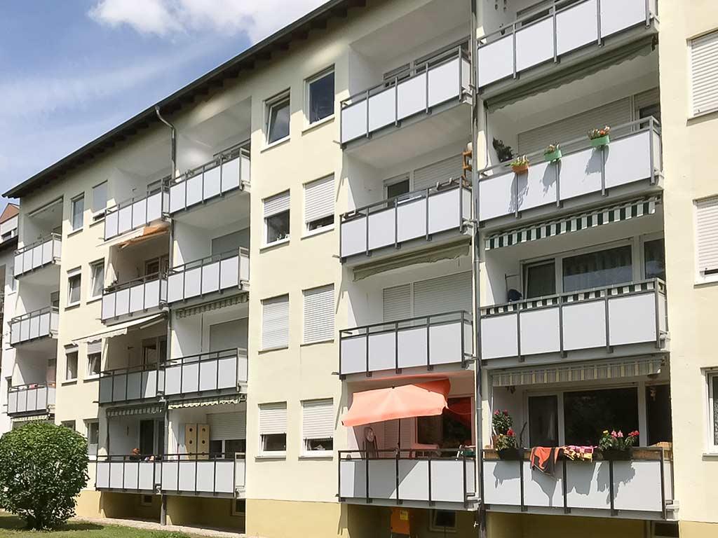 Schröfl GmbH - Schlosserei - Stahlbau Leistung: Balkone