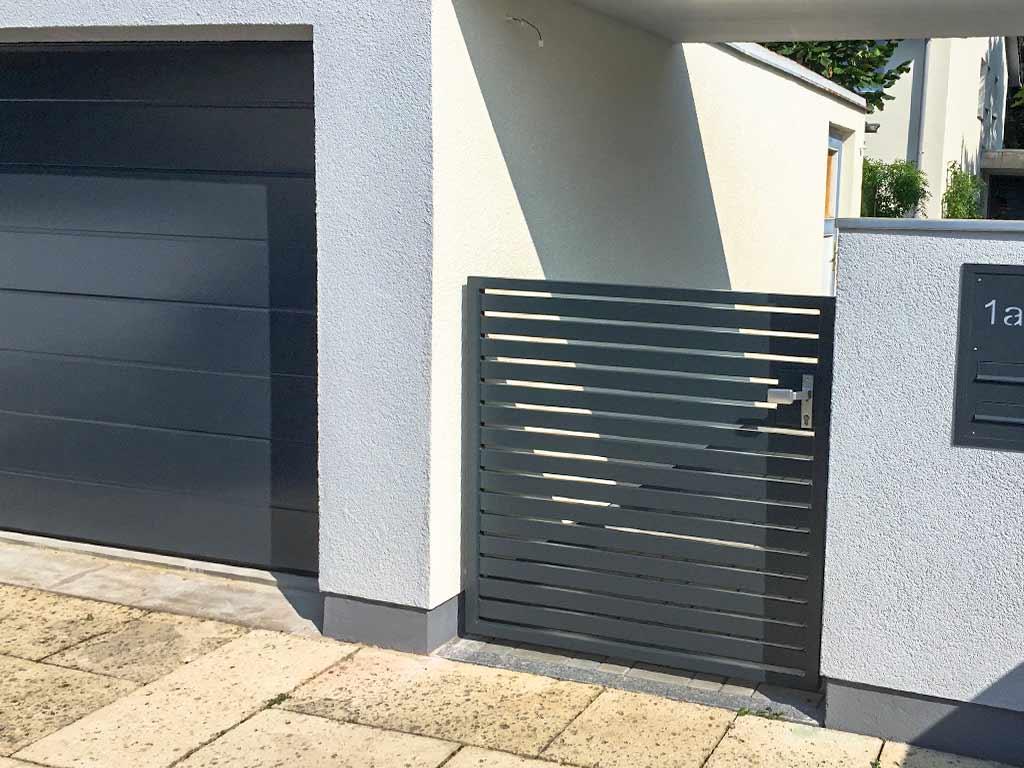 Schröfl GmbH - Schlosserei - Stahlbau: Leistungen und Referenzen: Tore & Zäune