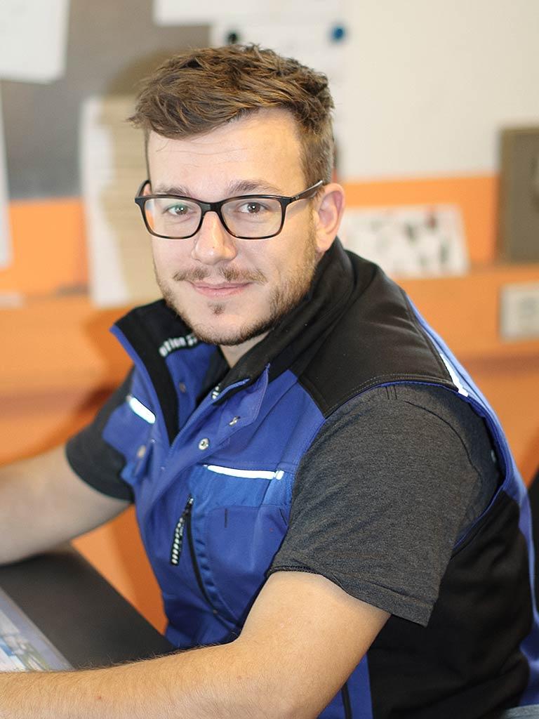 Michel Steiger Werkstattmeister Schröfl GmbH, Gut Wandelheim, Germering