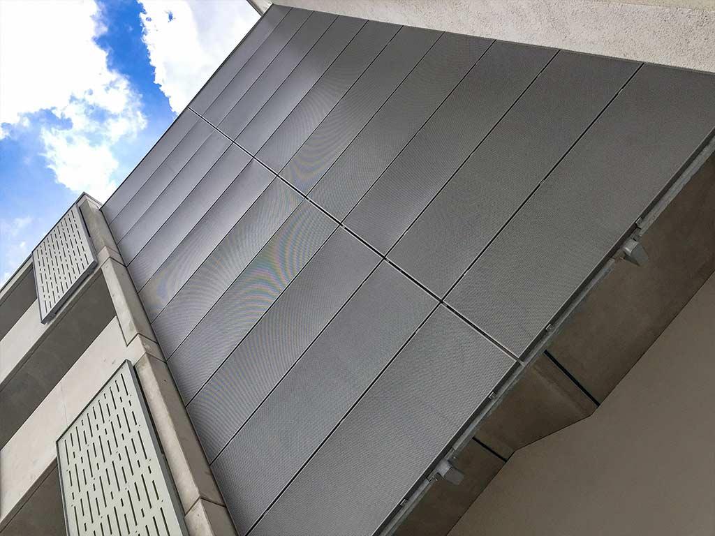Schröfl GmbH - Schlosserei - Stahlbau Leistung: Einhausung